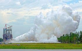NASA показало процесс строительства ракеты для полета на Марс