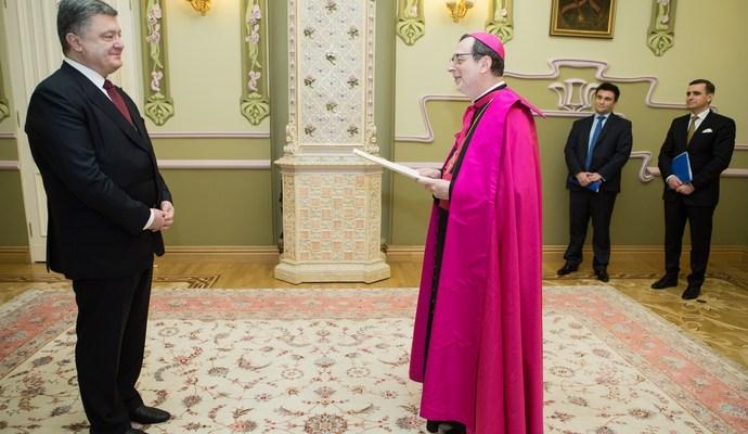 Петро Порошенко прийняв вірчі грамоти від послів Пакистану, Латвії, Ватикану і Бангладешу