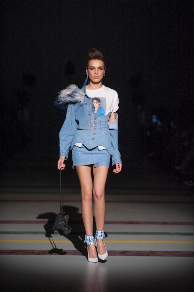 В Киеве стартовал Ukrainian Fashion Week: опубликованы первые яркие фото (2)