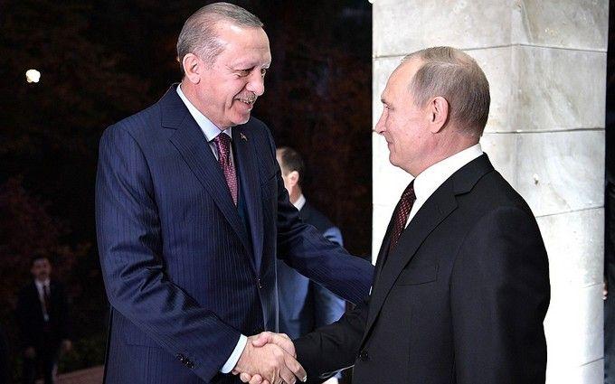 Путин оконфузился на встрече с президентом Турции: опубликовано видео