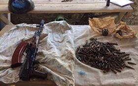 СБУ изъяла у жителя Херсонской области оружие, полученное из зоны АТО