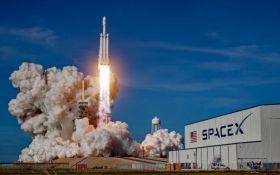 Маск и Безос присоединились к новой лунной программе NASA: известны условия