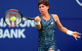 Нью-Хейвен (WTA). Суарес-Наварро идет дальше