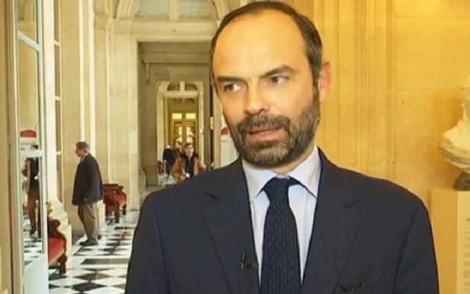 Новим прем'єром буде Едуар Філіп— Президент Франції