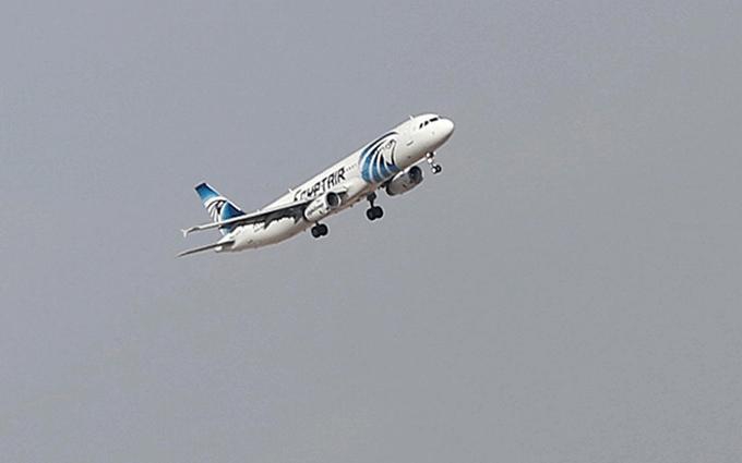 Крушение египетского самолета: найдены тела погибших