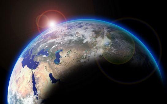 На орбіті Землі з'явився загадковий об'єкт - вчені приголомшені