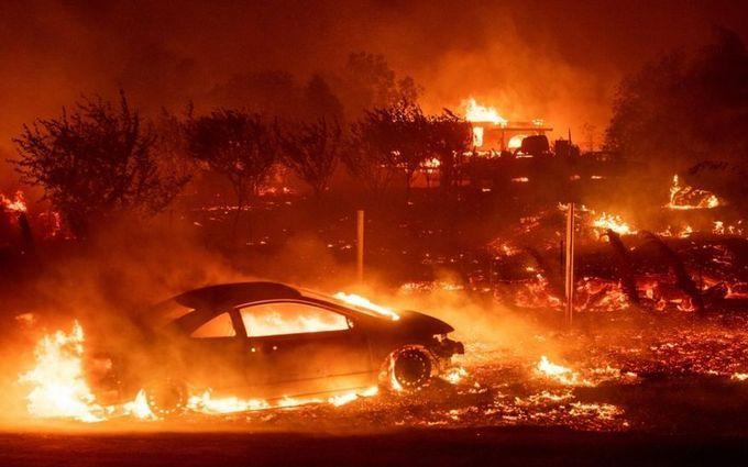 В Калифорнии продолжают бушевать пожары, число жертв значительно возросло: жуткие видео