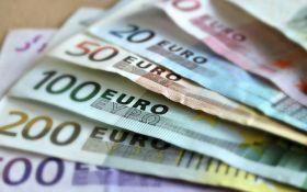 Курсы валют в Украине на вторник, 25 апреля