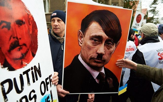 Чому Путін не Гітлер: у соцмережах дали смішне пояснення