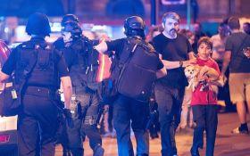 Порошенко и Гройсман отреагировали на теракт в Манчестере
