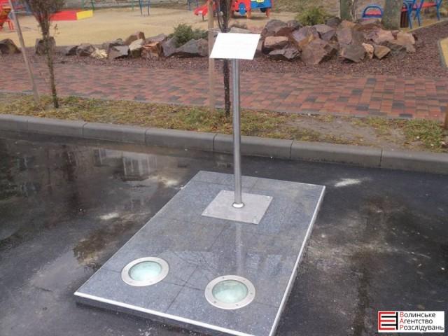 В Луцке убрали памятник Скрябину: опубликованы фото (1)