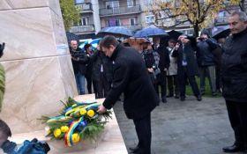 Пам'ятник великому українцеві в Румунії: з'явилося влучне порівняння з Росією
