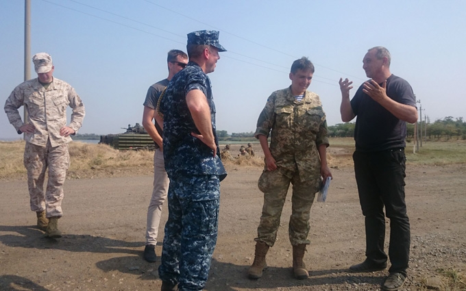 """Савченко прилетіла на """"Сі Бриз"""" та розкритикувала генералів за селфі: з'явилися фото"""