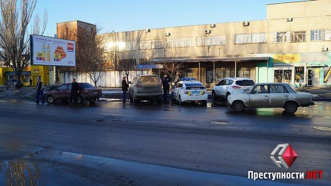 Пьяный депутат разъезжал по Николаеву: появились фото и видео (1)
