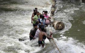 Масштабное наводнение на Шри-Ланке: среди погибших есть украинец