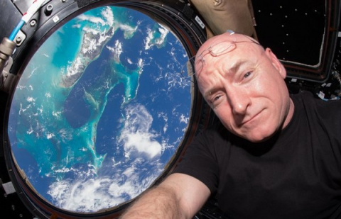 Американський космонавт встановив рекорд NASA по перебуванню в космосі (1)
