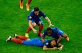 Франция вырвала победу в стартовом матче Евро-2016: опубликованы фото и видео