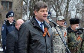 Экс-мэр Луганска, сдавший город боевикам, отдыхает в Европе: фото взбудоражило сеть