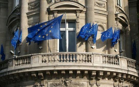 Евросоюз упрекнул Украину из-за закона о внутреннем водном транспорте