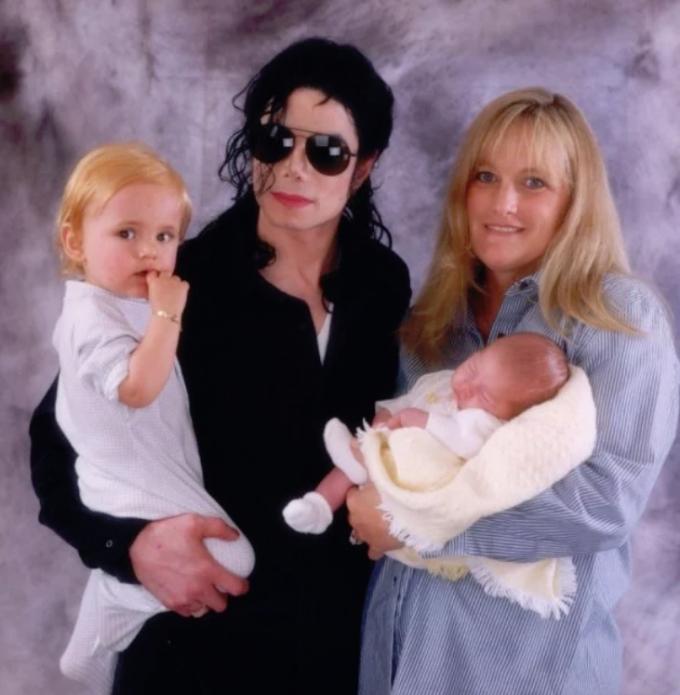 Екс-дружина Майкла Джексона зізналась про відсутність сексу і штучне запліднення (1)