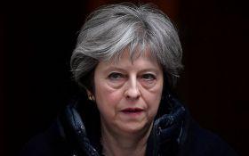 Правляча партія Британії голосуватиме за недовіру до Терези Мей