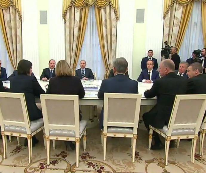 Путін розсмішив соцмережі заявою про порушення на виборах (2)