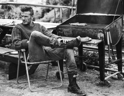 Дэвид Бекхэм (David Beckham) в фотосессии Джоша Олинса (Josh Olins) для журнала Esquire UK (сентябрь 2012), фото 6