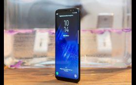 Samsung представил два новейших смартфона: появились фото и видео