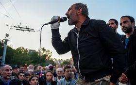 В Армении исчез задержанный лидер протестов