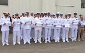 В день ВМС украинские моряки провели акцию в поддержку Сенцова: опубликовано видео