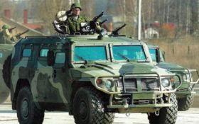 В Симферополь едет большая колонна российской военной техники