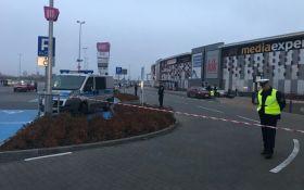 В Польше мужчина устроил кровавую резню в ТЦ