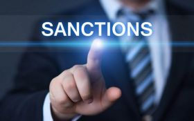 Хто потрапив під нові санкції ЄС: названі імена