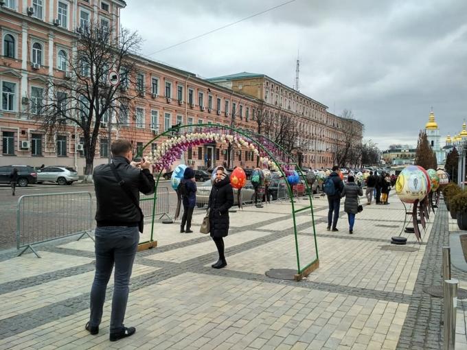 В Киеве открылась самая масштабная выставка к Пасхе-2018: опубликованы яркие фото (6)
