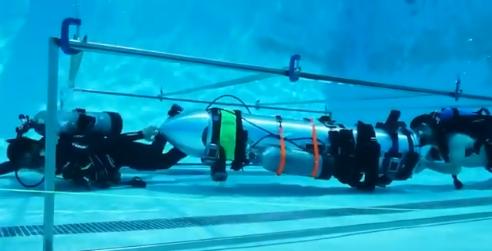 Все, чтобы спасти детей: Маск собрал субмарину из частей ракеты Falcon 9 (1)