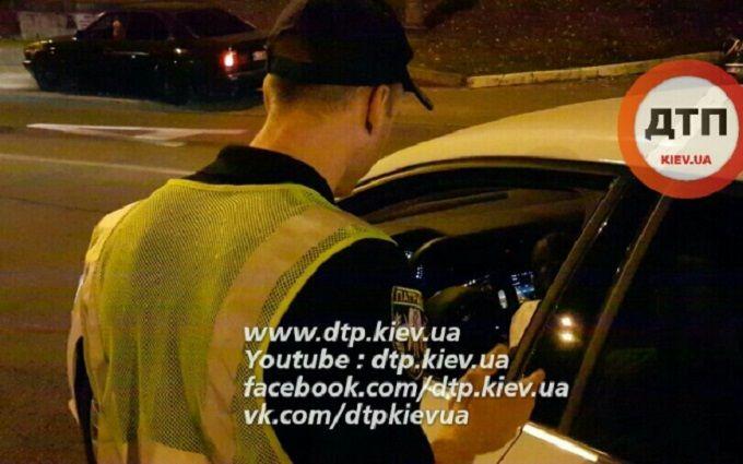 Масштабне ДТП з п'яним руйнівником відбійників в Києві: з'явилося відео