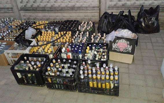 Подпольный водочный цех ликвидировали в Волынской области (10 фото) (2)