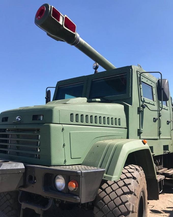 """155-мм """"Богдана"""": в мережі показали нову потужну зброю українського виробництва (1)"""