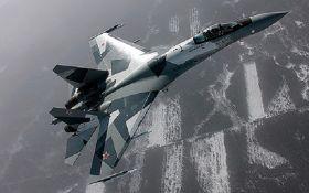 В России объяснили, почему ее истребители летали у Аляски
