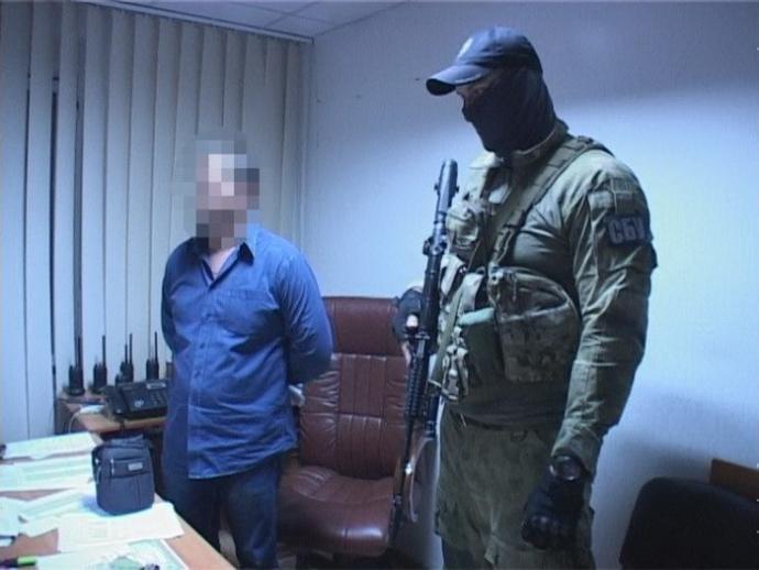 У Дніпрі на хабарі спіймані важливі чини поліції: з'явилися фото і відео (1)