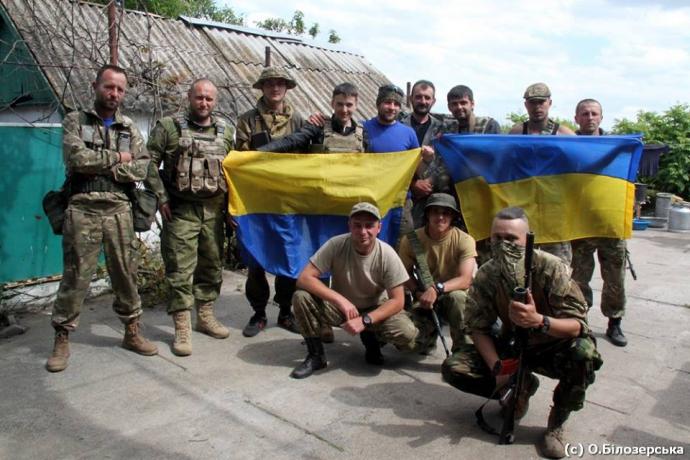Савченко зустрілася з Ярошем в зоні АТО: з'явилися фото (1)