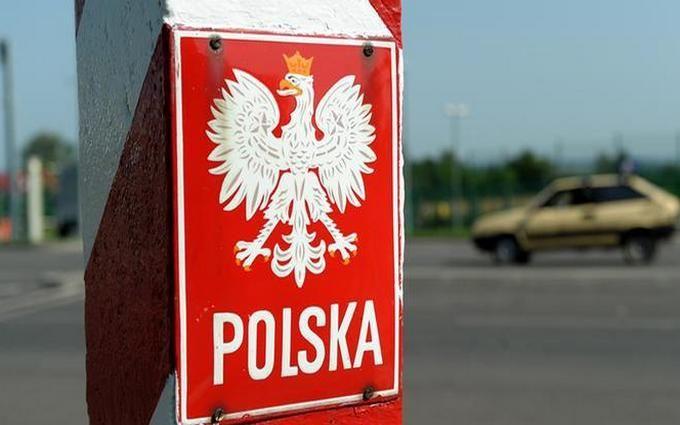 Польша решила увеличить количество медсестер из Украины