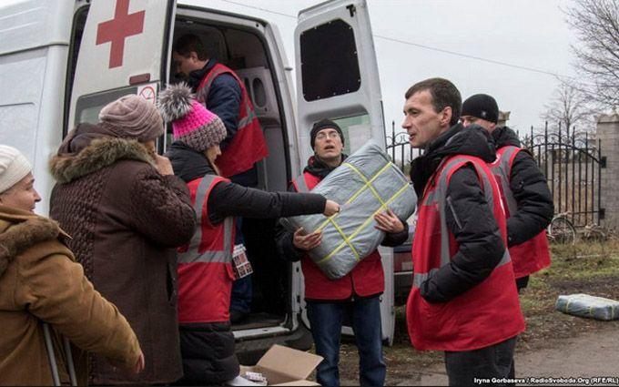 Штаб АТО: Боевики ДНР обстреляли служащих Красного креста