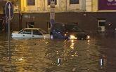 Центр Києва знову затопила злива: з'явилися моторошні фото і відео потопу