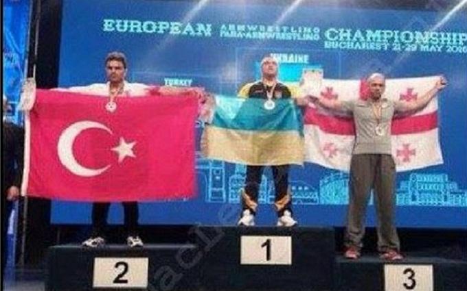 Усі вороги Росіюшки зібралися: в соцмережах посміялися з фото з чемпіонату в Румунії