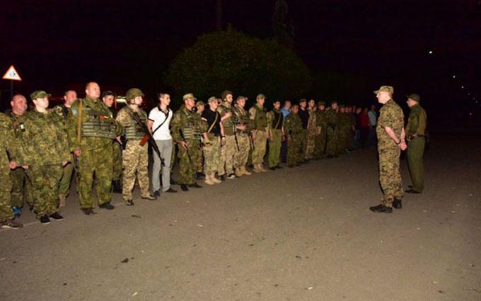 Блокування колони АТО в Донецьку: опубліковані фото провокаторів