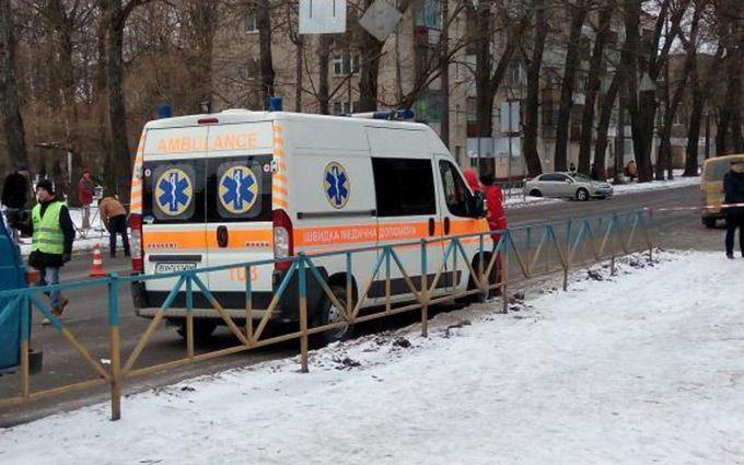 ВХмельницком полицейские убили психа, ранившего 3-х человек