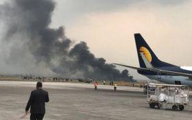 В Непале разбился пассажирский самолет, много жертв: опубликовано видео