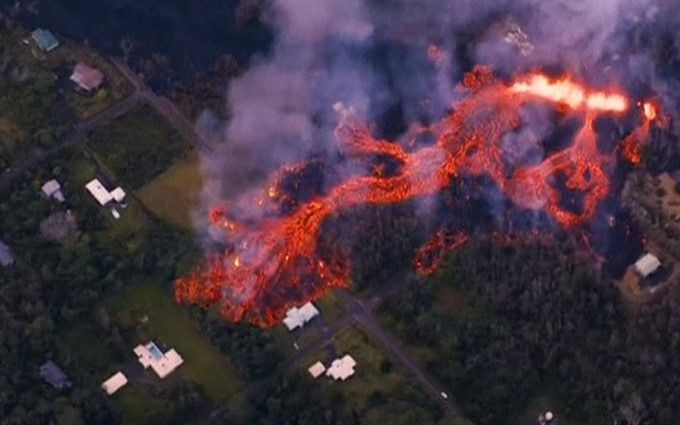 На Гавайях объявлен красный уровень опасности: остров накрыло лавой (опубликованы шокирующие фото)