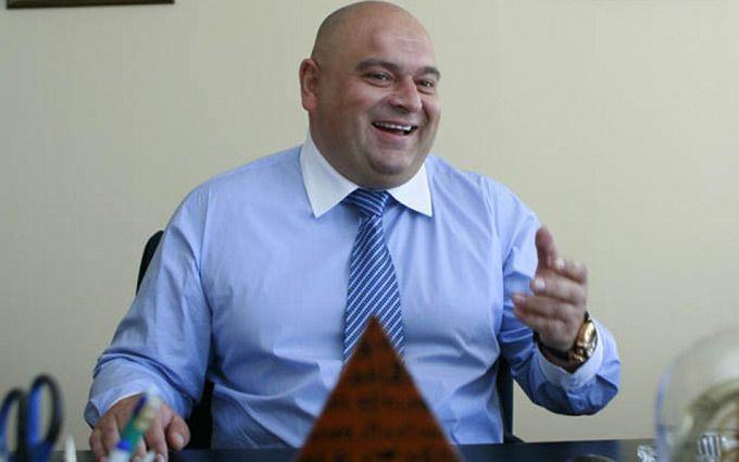 В Украине закрыли дела против одиозного экс-министра: соцсети закипают